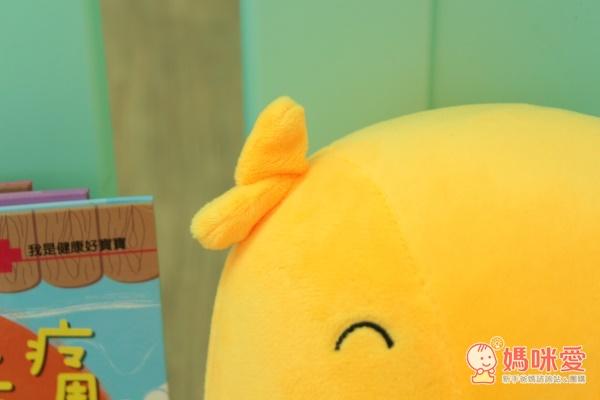 華碩文化全台首賣的絨布娃娃故事機